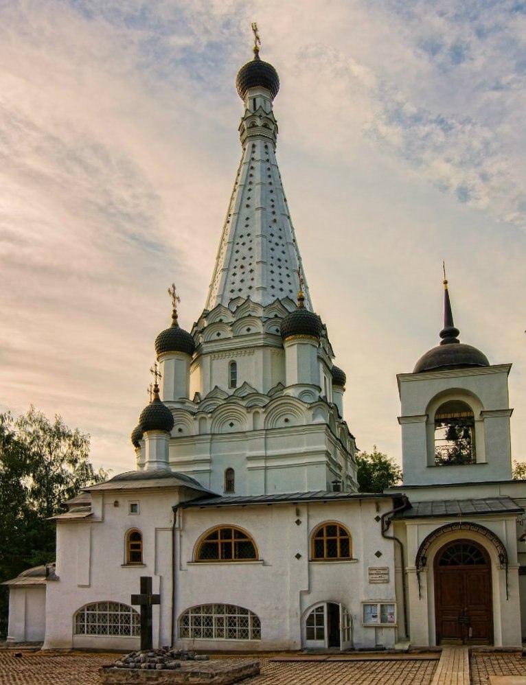 Фото: официальный сайт храма Покрова Пресвятой Богородицы в Медведкове